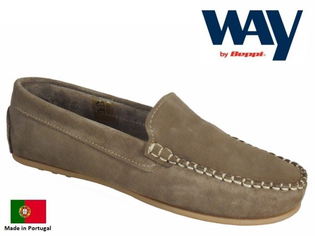 Lightweight Suede Boat Shoes