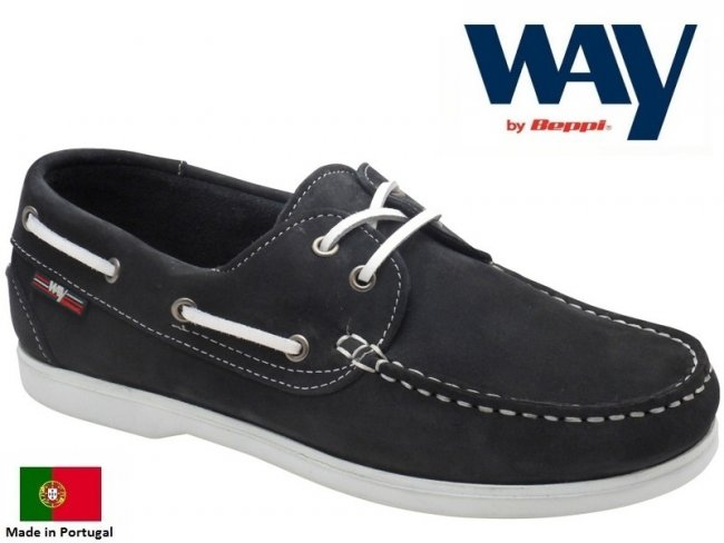 Bermuda Leather Womens Deck Shoes in Navy.